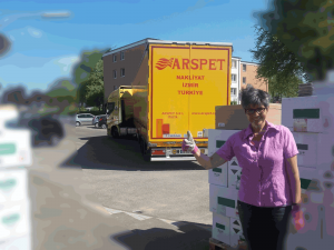 40 Tonner aus der Türkei bringt Ware für SBK-Produkte Heiko Rether