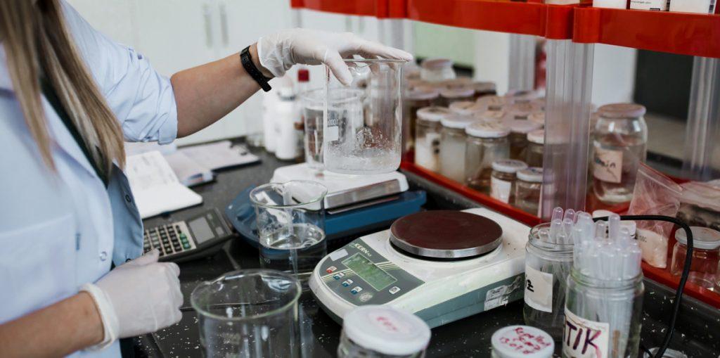 Wirkstoffanalyse im Labor in Izmir